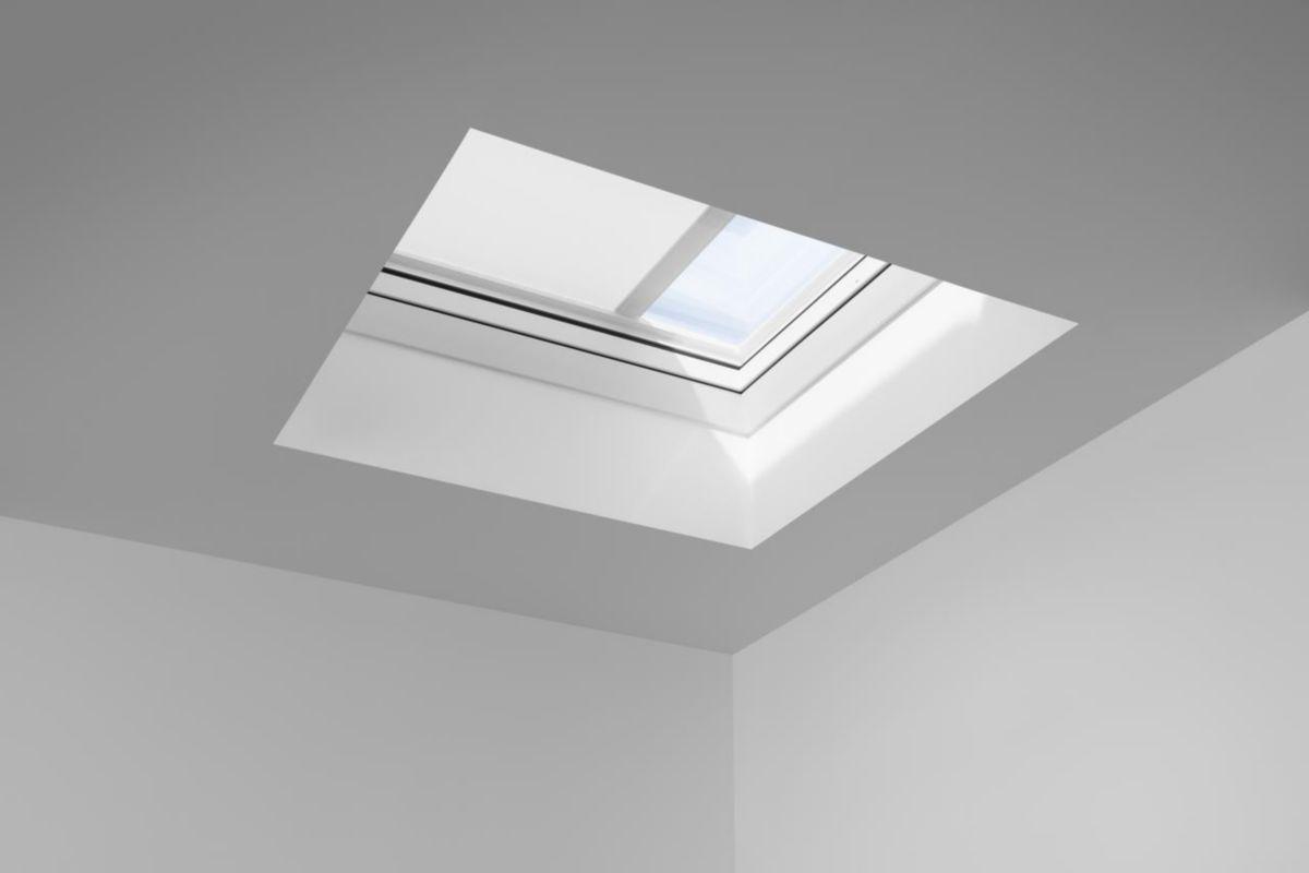 Velux Fenêtre à Ouverture Motorisée Pour Toit Plat Cvp 0573q