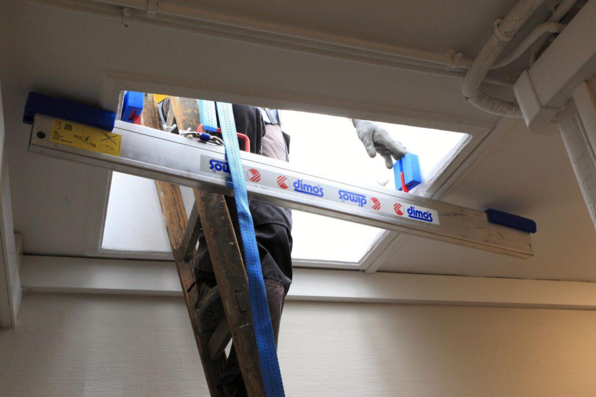 Ancrage provisoire transportable Quicksafe pour fenêtre de toit réf 030390